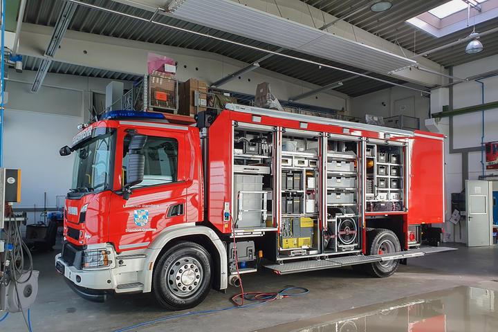 Neuer Gefahrgut-Gerätewagen für den Landkreis