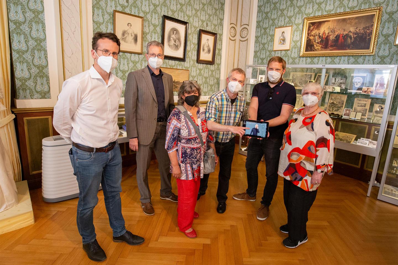 Video-Guide für Gehörlose und Schwerhörige im Kaiserin-Elisabeth-Museum Possenhofen