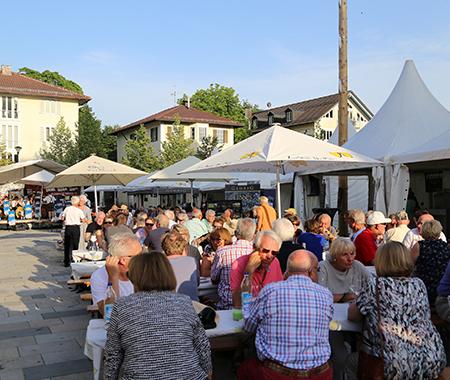 Weinfest_Kirchplatz