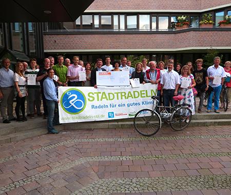 STAdtradler feiern erfolgreiche Aktion -Preisgeld des Landkreises geht an Inninger Gemeinderat