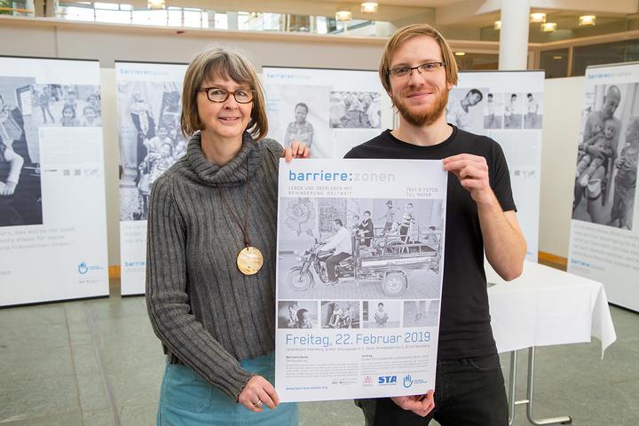 Ausstellung Barriere:Zonen