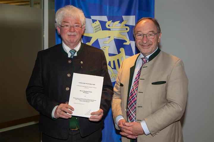 Ehrenzeichen des Bayerischen Ministerpräsidenten für Manfred Schulz